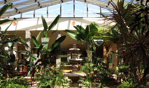 slideshow-interior-atrium2